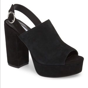 NEW Steve Madden block heel